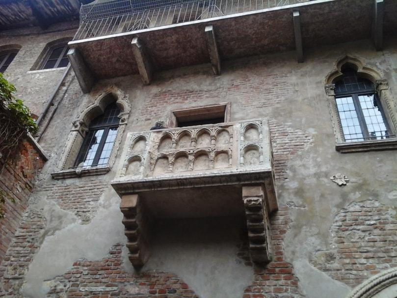 balconul-julietei