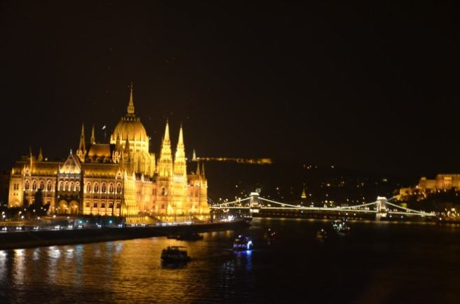 budapesta-by-night