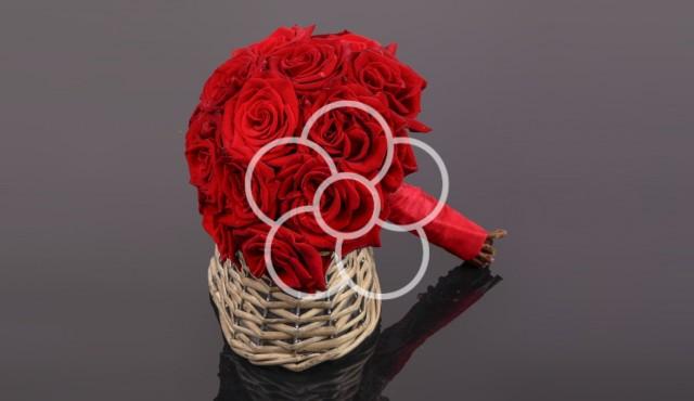 buchet-trandafiri-rosii-nunta