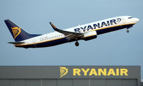 A-Ryanair-jet-008-min