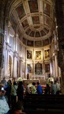 Biserica mănăstirii