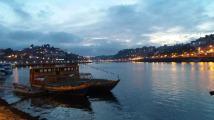 Se lasă seara peste Porto