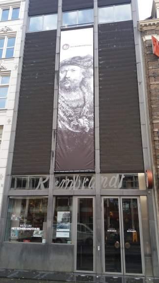 Intrarea în Casa Rembrandt