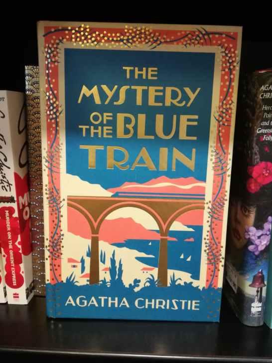 trenul albastru